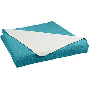 AmazonBasics Reversible Fleece Blanket - King, Teal/Cream