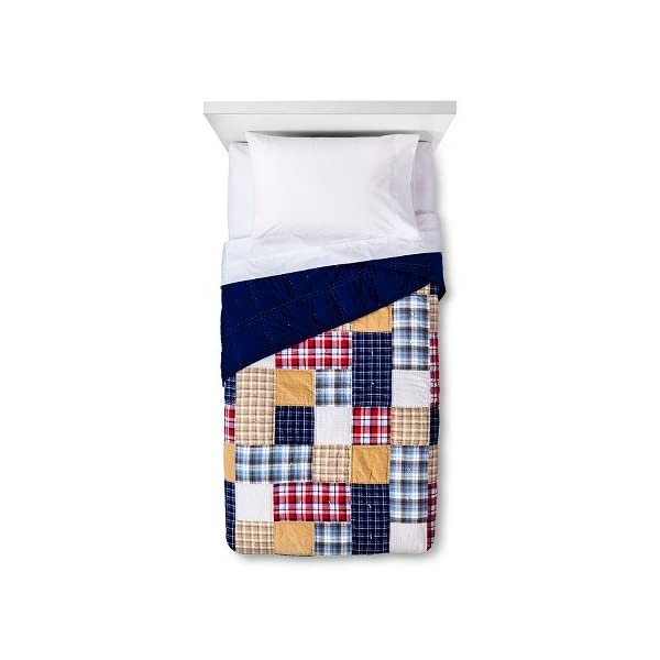 Pillowfort-New-Patchwork-Plaid-Quilt-Red-Blue