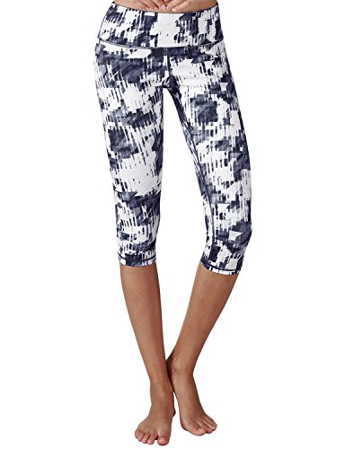 Yoga Reflex - Yoga Capris for Women - Performance Activewear Printed Yoga Capri - Hidden Pocket (From XS to 2XL) , Diagonalgeonavywhite , Small