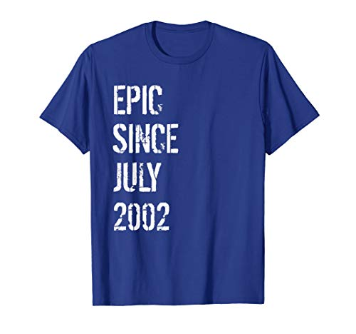 Born In July 2002 Birthday Gift T-Shirt 17 Year Old