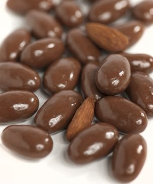 Sugar Free Milk Chocolate Covered Almonds 10 Pound Bulk Bag by Philly Sweettooth