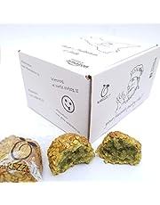Siciliaanse amandel petit fours met pistachenoten en -stukjes, in sierlijke cadeauverpakking (400gr). RAREZZE: typisch Siciliaanse producten, cannoli, amandelspijs, cassate, van AMBACHTELIJK Siciliaanse banketbakkerij.