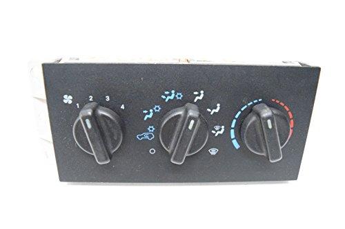 99 00 01 CHEROKEE CLIMATE CONTROL OEM Cherokee 99 00 01 Car