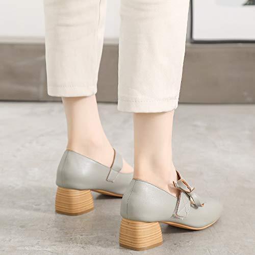 Einzelne Schuhe Schuhe mit flachen Mund Bow Tie in mit Maria Chen.