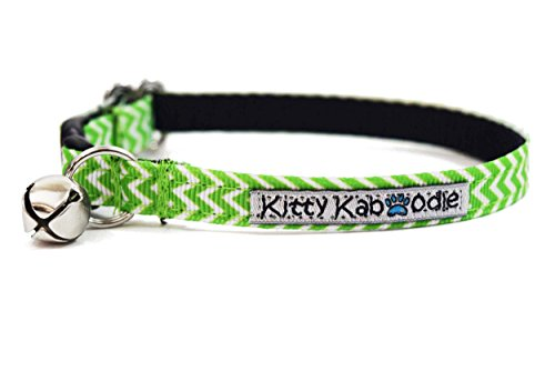 (Kitty Kaboodle Adjustable Breakaway Nylon Cat Kitten Collar with Bell - Green Zig Zag Design)