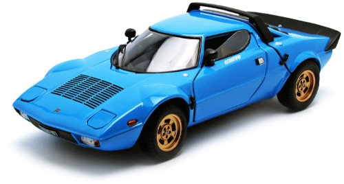 1975-lancia-stratos-stradale-blue-1-18-by-sunstar-4523