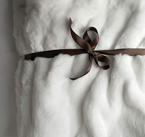 Luxury Faux Fur Oversized Throw Blanket with Plush Velvet Reverse, Fox Lynx or Gray Mink (White)
