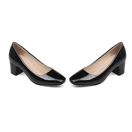 AllhqFashion Damen Rein Lackleder Mittler Absatz Quadratisch Zehe Ziehen auf Pumps Schuhe Schwarz