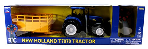 R/C 1:24 New Holland T7070 Farm Tractor & Trailer -  New-Ray Toys Inc, 88555