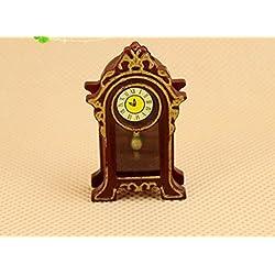 JIKUO Vintage Miniature Wooden Classical Desk Clock Decoration for Dollhouse Furniture