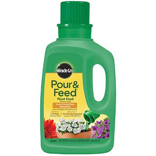 General Purpose Fertilizer - Miracle-Gro Pour and Feed Liquid Plant Food, 32-Ounce (Plant Fertilizer)