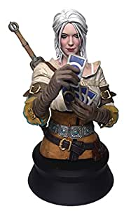 Dark Horse Deluxe The Witcher 3: Wild Hunt: Ciri Playing Gwent Resin Mini Bust