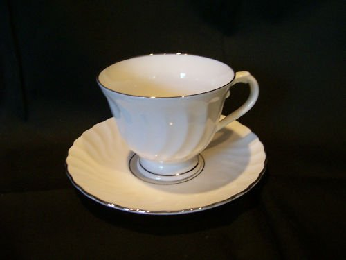 Sihouette Fine China By Syracuse Wedding Ring Tea Cup and Saucer (Syracuse Bone China Plates)