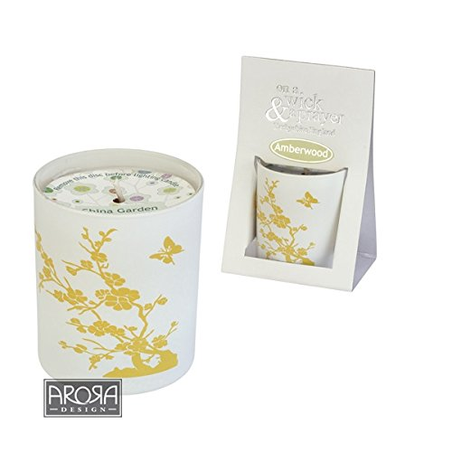 On a Wick and a Prayer 9112 China Garden Candle Amberwood ()