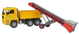 Bruder 02740 - Camión con cinta transportadora