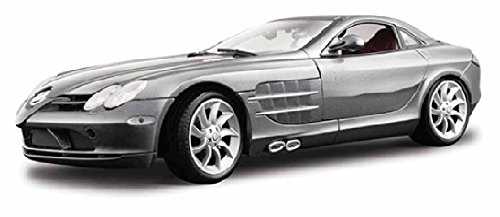 Maisto Mercedes Benz SLR McLaren, Silver Premiere 36653 - 1/18 Scale Diecast Model Toy Car