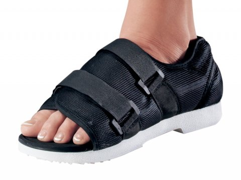 Procare 79-81147 Medical/Surgical Shoe, Women's, Large ()