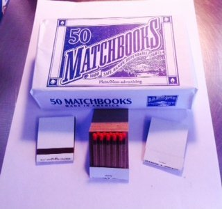 100 White Plain Matches Matchbooks Wedding, Anniversary, Birthday, Party]()