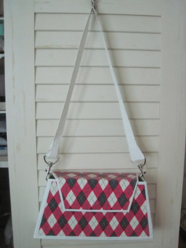 How to make a Simply Sweet Argyle Duct Tape Purse