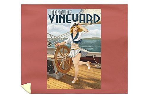 (Lantern Press Martha's Vineyard, Massachusetts - Sailing Pinup Girl 41437 (88x104 King Microfiber Duvet Cover))