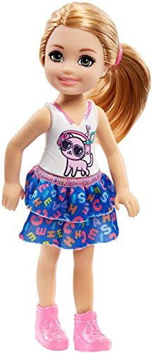 Barbie Club Chelsea DWJ33 FHK82 Doll with kitten  Amazon.co.uk  Toys ... a0a4839ec