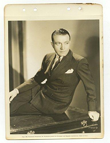 (Richard Barthelmess - Classic Actor - Vintage 8x10 Promotional Photograph)