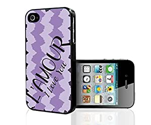"""Simple Chic French Saying """"L'amour"""" Meaning: """"I Love You""""on Purple Pattern Background Hard Snap on Phone Case (iPhone 4/4s)"""