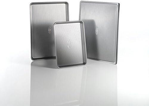 Amazon Com Usa Pan 3 Piece Warp Resistant Non Stick Aluminized Steel Bakeware Set Kitchen Dining