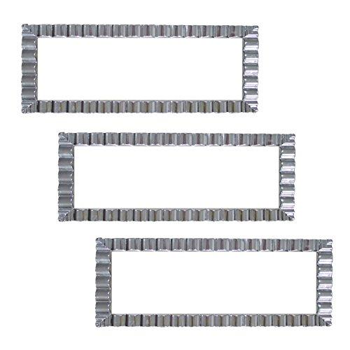 Party Essentials N146351 Hard Plastic Decorative Wavy Trays, 14