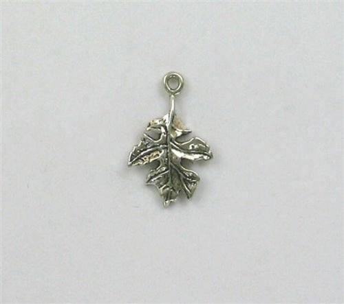 Decorative 3-D Oak Leaf Charm