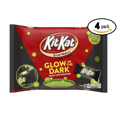 Kit Kat, Halloween Snack Size Wafer Bars with Glow in the Dark Wrappers, 9.8 Oz (Pack Of 4)]()