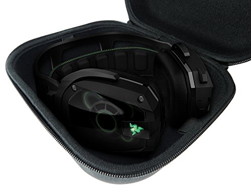 CASEMATIX Travel PC , MAC USB Gaming Headset CarryCase Bag  Fits Razer Kraken Pro 7.1 Chroma , Razer ManO'War , Tiamat , Overwatch ManO'War Tournament Edition Wired or Wireless headphones