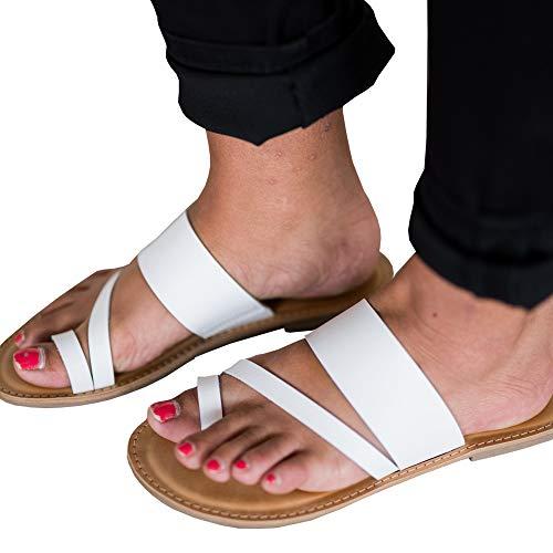 Huiyuzhi Womens Slip On Flip Flops Ring Toe Strappy Summer Gladiator Flat Sandals White