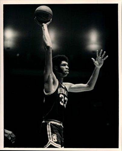 Kareem Abdul-Jabbar 24X36 New Printed Poster Rare -