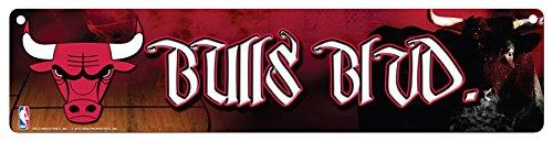- NBA Chicago Bulls 16-Inch Plastic Street Sign Décor