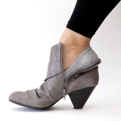 SHEEC - SoleHugger ACTIVE 4-Pair Pack - Women's No-Show Casual Socks *Non Slip*