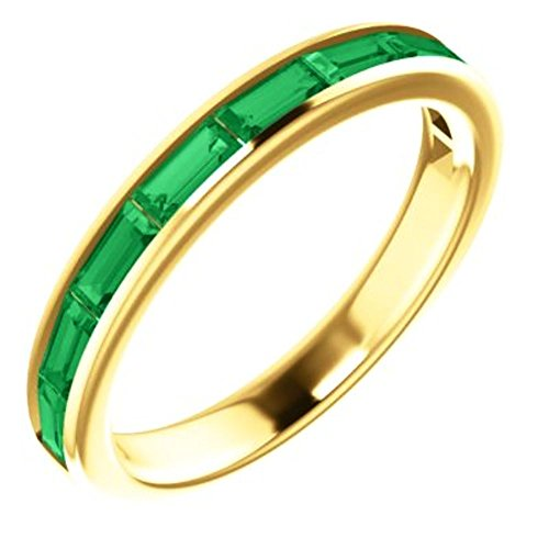 14k Yellow Gold Chatham Created Emerald Ring - Size 7