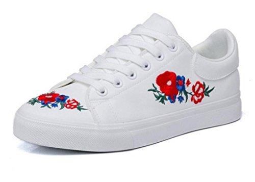SHFANG Señora Zapatos Punto Agujero Pequeños Zapatos Blancos Grueso Fondo Aumentado Pu Bordado Estudiantes Cómodo Movimiento Diario White