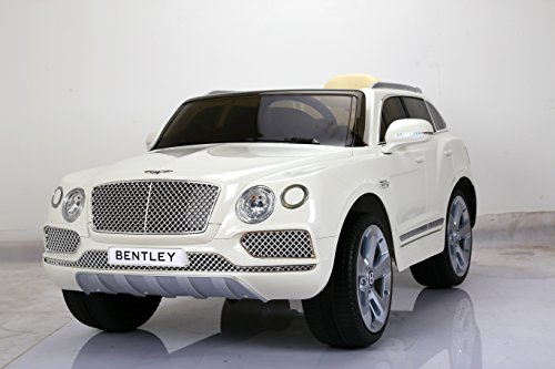 (LICENSED BENTLEY STYLE RIDE ON CAR, WITH REMOTE CONTROL. 12V BATTERY, WHITE)