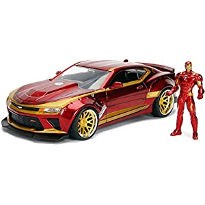 Jada Toys Marvel 1:24 2016 Chevy Camaro SS Die-cast Car with 2.75″ Iron Man Figure, Toys for Kids and Adults, Red (99724)