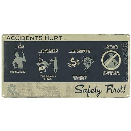 A Crowded Coop - Portal panneau métal Safety First