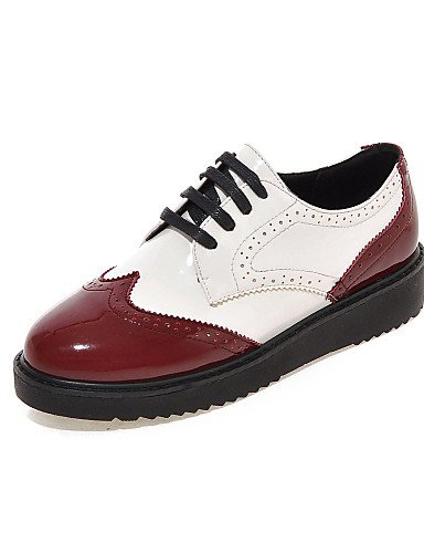 ZQ hug Zapatos de mujer - Tacón Bajo - Punta Redonda - Oxfords - Oficina y Trabajo / Casual - Semicuero - Negro / Rojo , red-us8 / eu39 / uk6 / cn39 , red-us8 / eu39 / uk6 / cn39 black-us5 / eu35 / uk3 / cn34