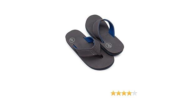5dec0619efaca Amazon.com  Volcom Boys  Victor Big Youth FLIP Flop Sandal  Shoes