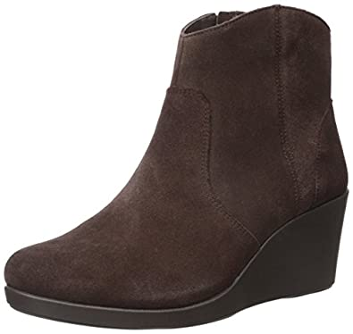 crocs s leigh suede wedge boot boots