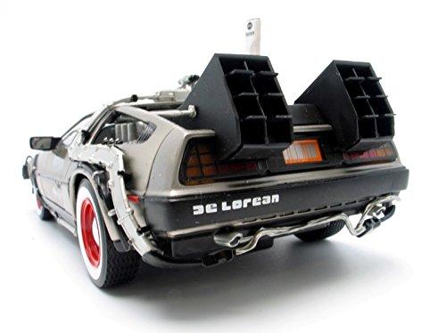 DeLorean Back to the Futur III à l'échelle 1/18