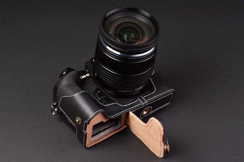 OLYMPUS オリンパス OM-D E-M1用本革カメラケース(電池,SDカード交換可) ブラック (カメラケース&ストラップLK1881&バッテリーケース, ブラック) B01MDURWFQ ブラック カメラケース&ストラップLK1881&バッテリーケース