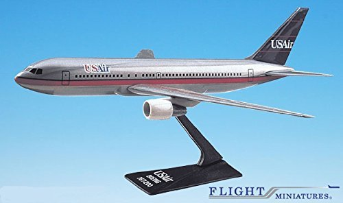 usair-89-97-767-200-airplane-miniature-model-plastic-snap-fit-1200-partabo-76720h-003