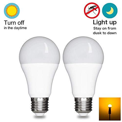 Yellow Light Bug Bulb Repellent - Dusk To Dawn Light Bulb Led Outdoor Lighting Sensor Smart Yellow Bug Light Bulb, 7W 60W Equivalent, E26 2000k,Automatic On Off 2 Pack