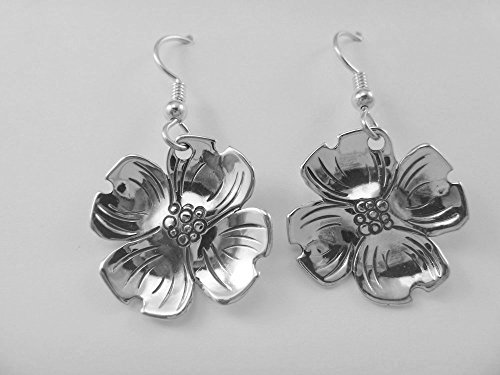 (J Pool Nature Collection Handmade Sterling Silver Dogwood Blossom Earrings)