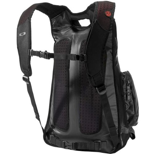 Oakley 3-1 Blade Men's Sports Gear Backpack - Black / 19.5'' H x 15'' W x 9.5'' D by Oakley
